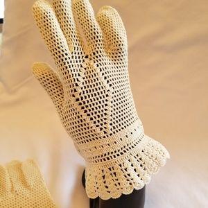 Vintage evening gloves crocheted